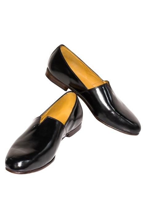 V-Cut Block Heel Shoes