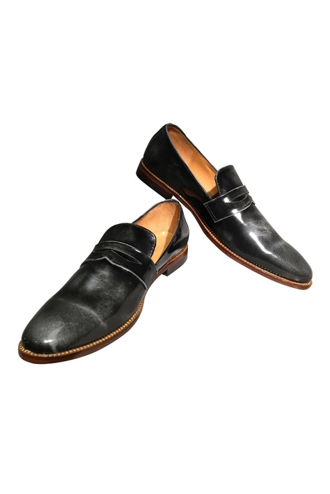 Handcrafted pure leather penny loafers