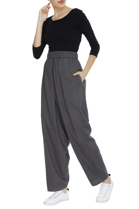 Loose fit draped pants