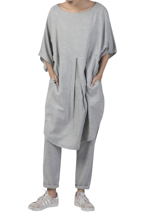 Pleated tunic dress with gather detail