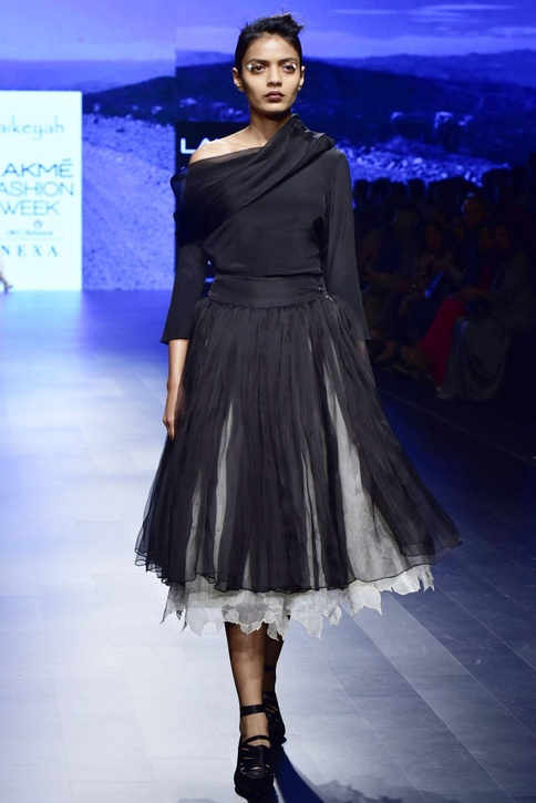 Black & off white organza & crepe applique skirt with tunic