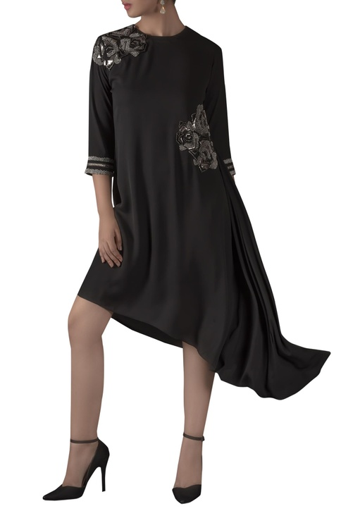 Rose Motif Embroidered Tunic