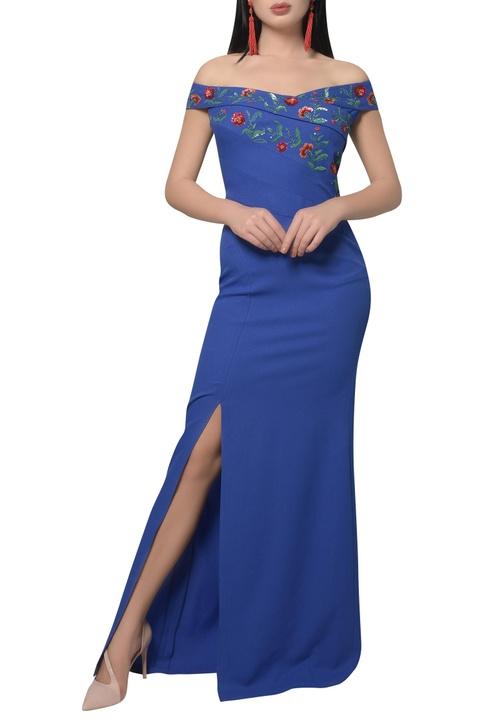 Off shoulder Embroidered dress with slit