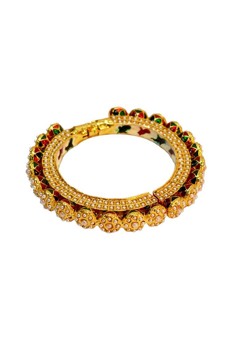 Just Shradha'sGold plated pearl onyx bangle