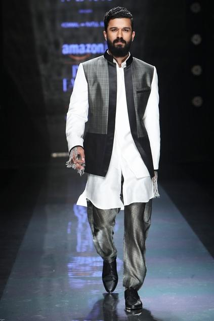 Latest Collection of Jackets by Komal Sood - Men