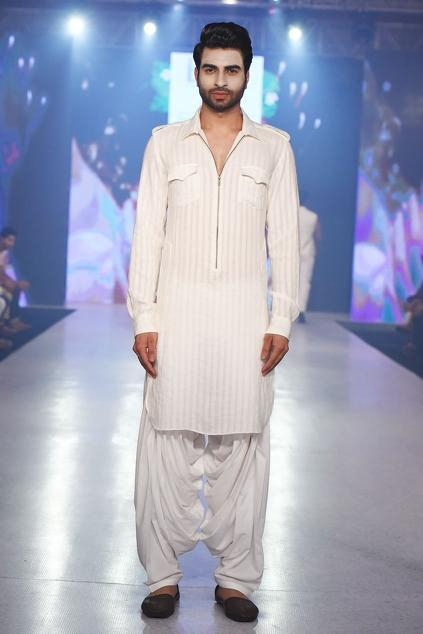 Latest Collection of Kurtas by Arjun Khanna