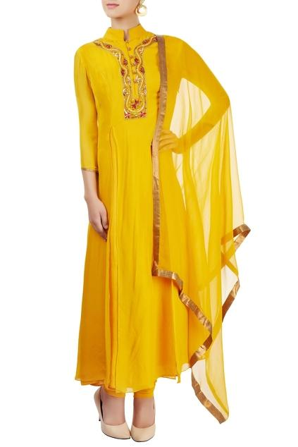 Latest Collection of Kurta Sets by Priyam Narayan