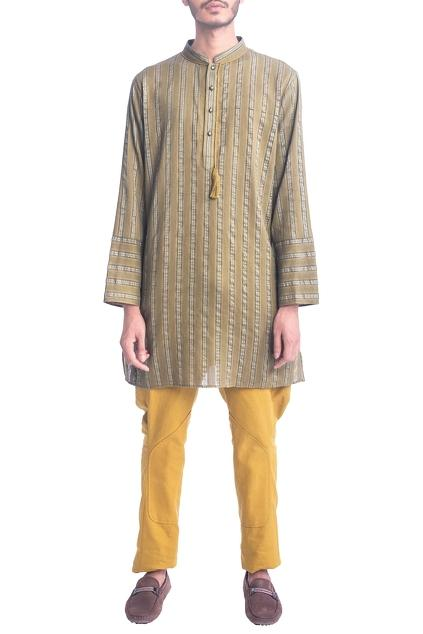 Latest Collection of Kurtas by Krishna Mehta - Men