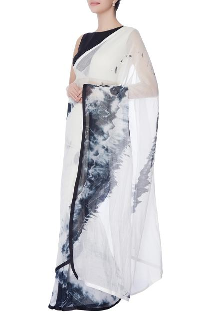 Latest Collection of Saris by Bloni