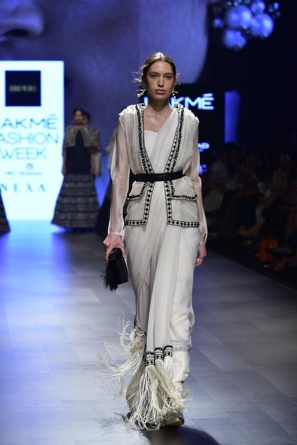 Latest Collection of Saris by Ridhi Mehra