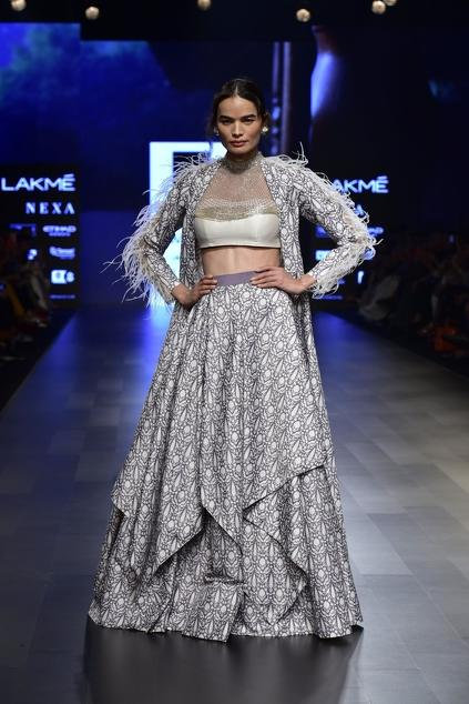 Latest Collection of Jackets by Ridhi Mehra