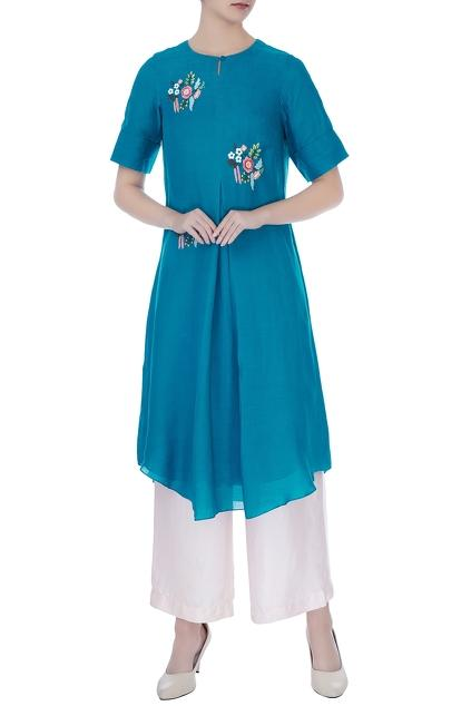 Latest Collection of Tunics & Kurtis by Desert Shine by Sulochana Jangir