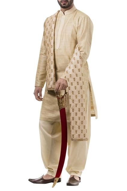 Latest Collection of Kurtas by Abhipri