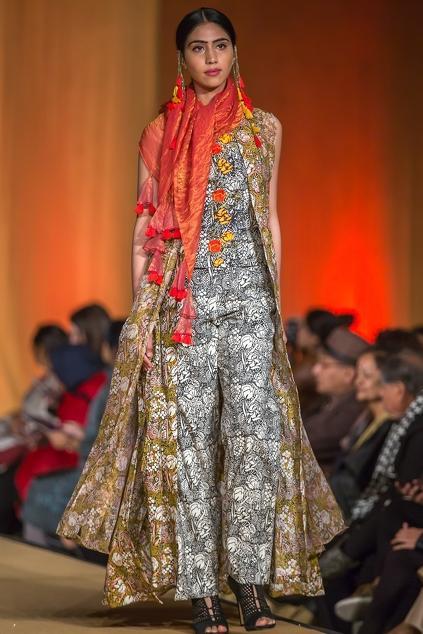 Latest Collection of Kurta Sets by Pallavi Jaipur