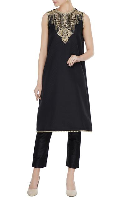 Latest Collection of Tunics & Kurtis by Bhairavi Jaikishan