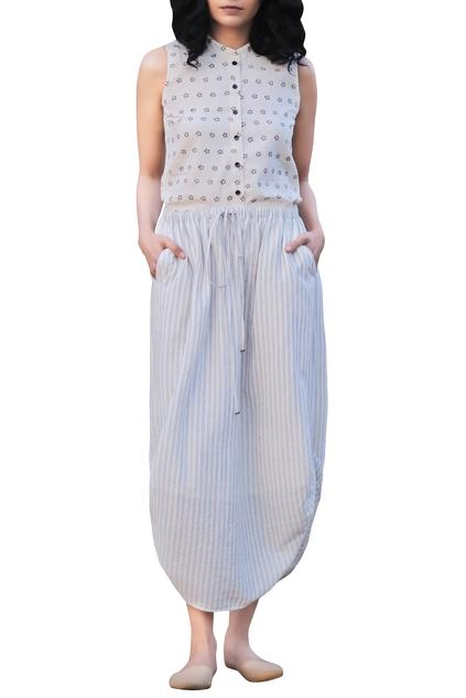 Latest Collection of Skirts by Kharakapas