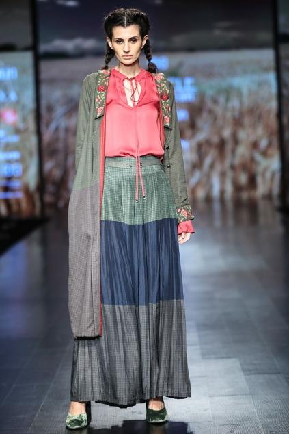 Latest Collection of Tops by Shruti Sancheti