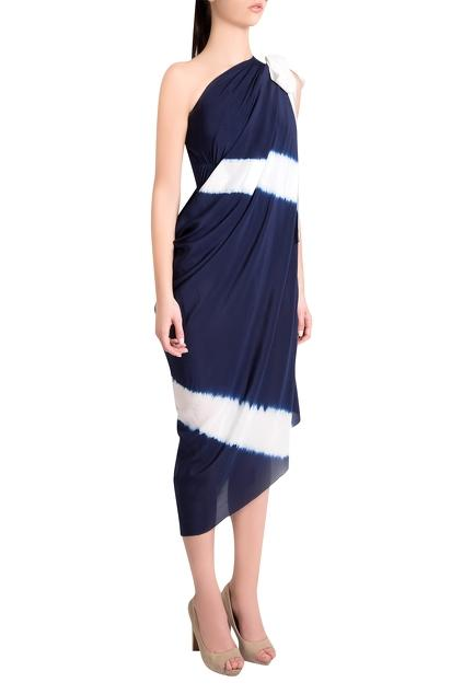Latest Collection of Capes by Shivan and Narresh