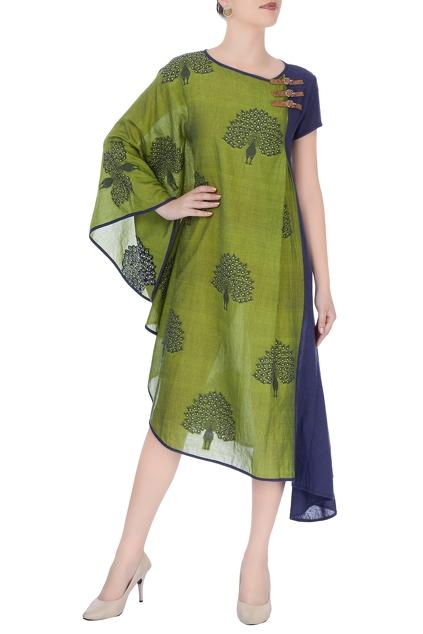 Latest Collection of Dresses by Sayantan Sarkar