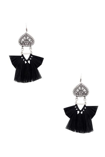 Latest Collection of Jewellery by Ritika Sachdeva