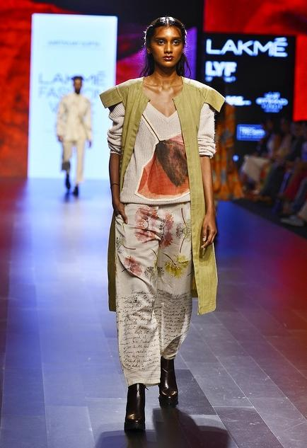 Latest Collection of Jackets by Aartivijay Gupta