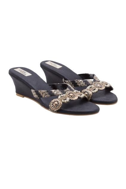 Latest Collection of Footwear by Stoffa
