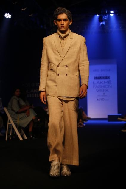 Latest Collection of Jackets by Anuj Bhutani