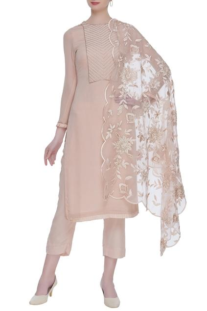 Latest Collection of Kurta Sets by Mahima Batra