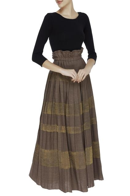 Latest Collection of Skirts by Urvashi Kaur