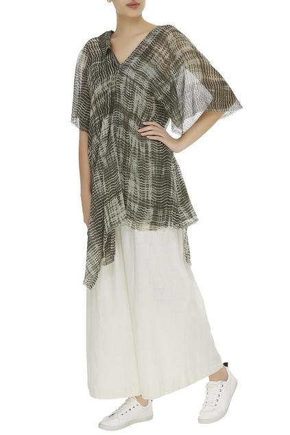 Latest Collection of Kaftans by Urvashi Kaur