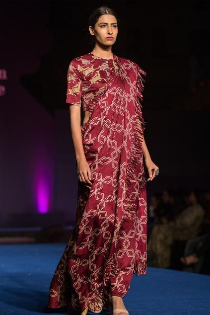 Latest Collection of Saris by Swati Vijaivargie