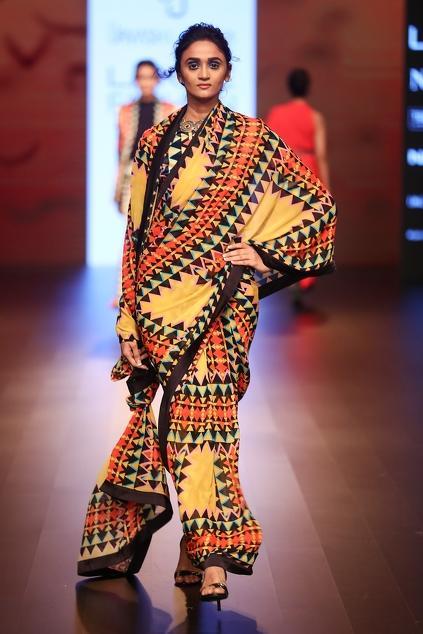 Latest Collection of Sari Blouses by Urvashi Joneja