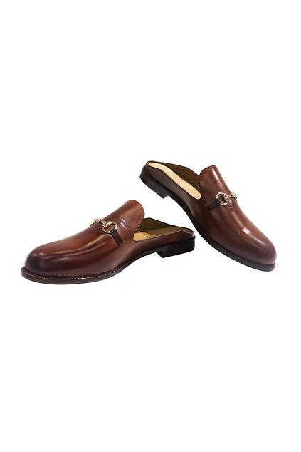 Latest Collection of Footwear by Artimen