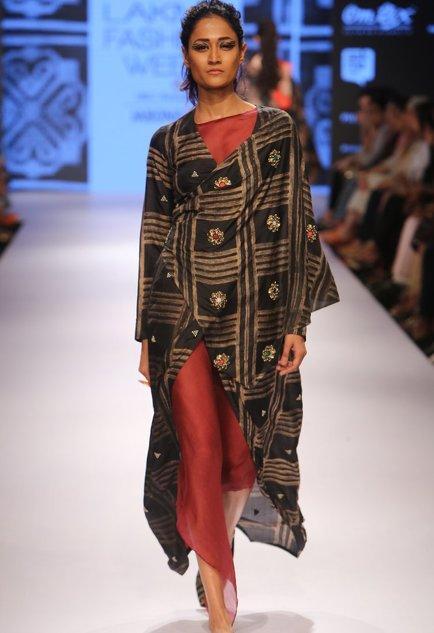 Latest Collection of Tunics & Kurtis by Swati Vijaivargie