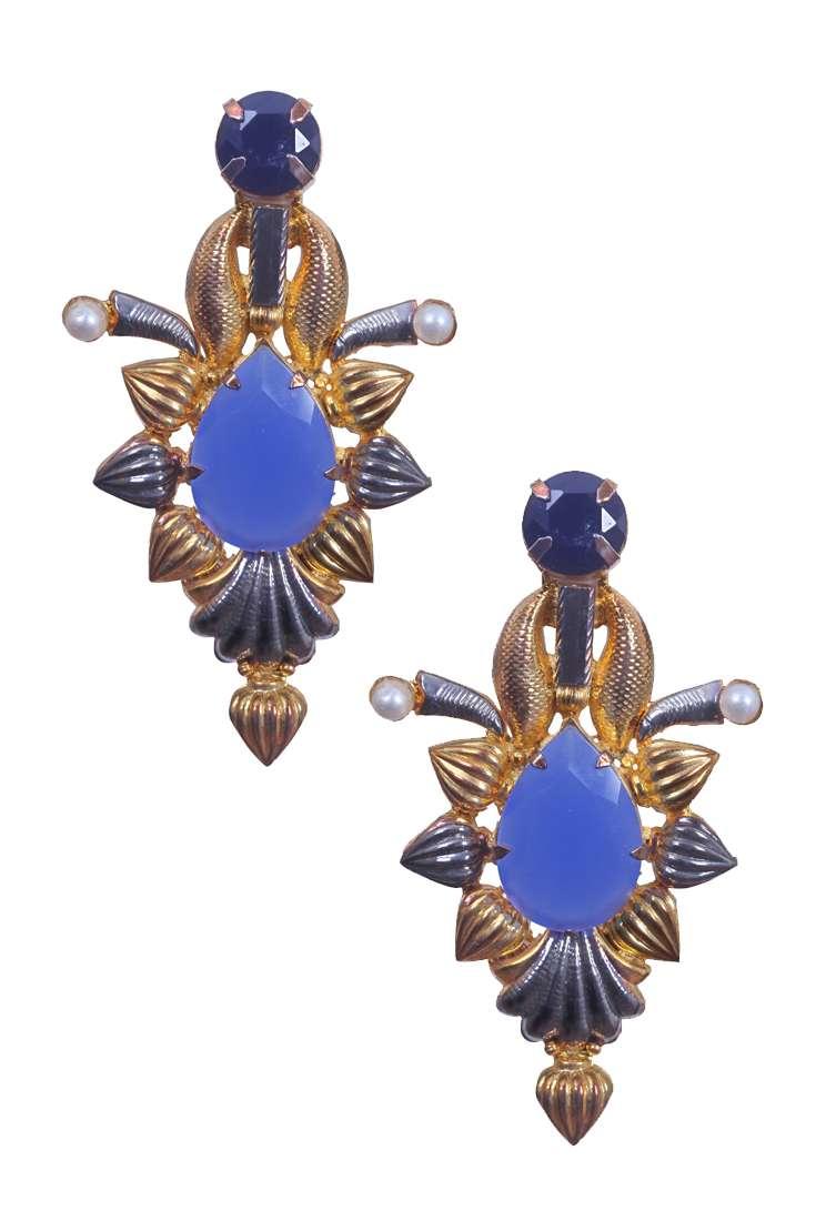 Valliyan Collection