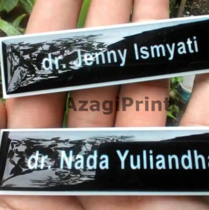 cetak name tag & id card jakarta timur