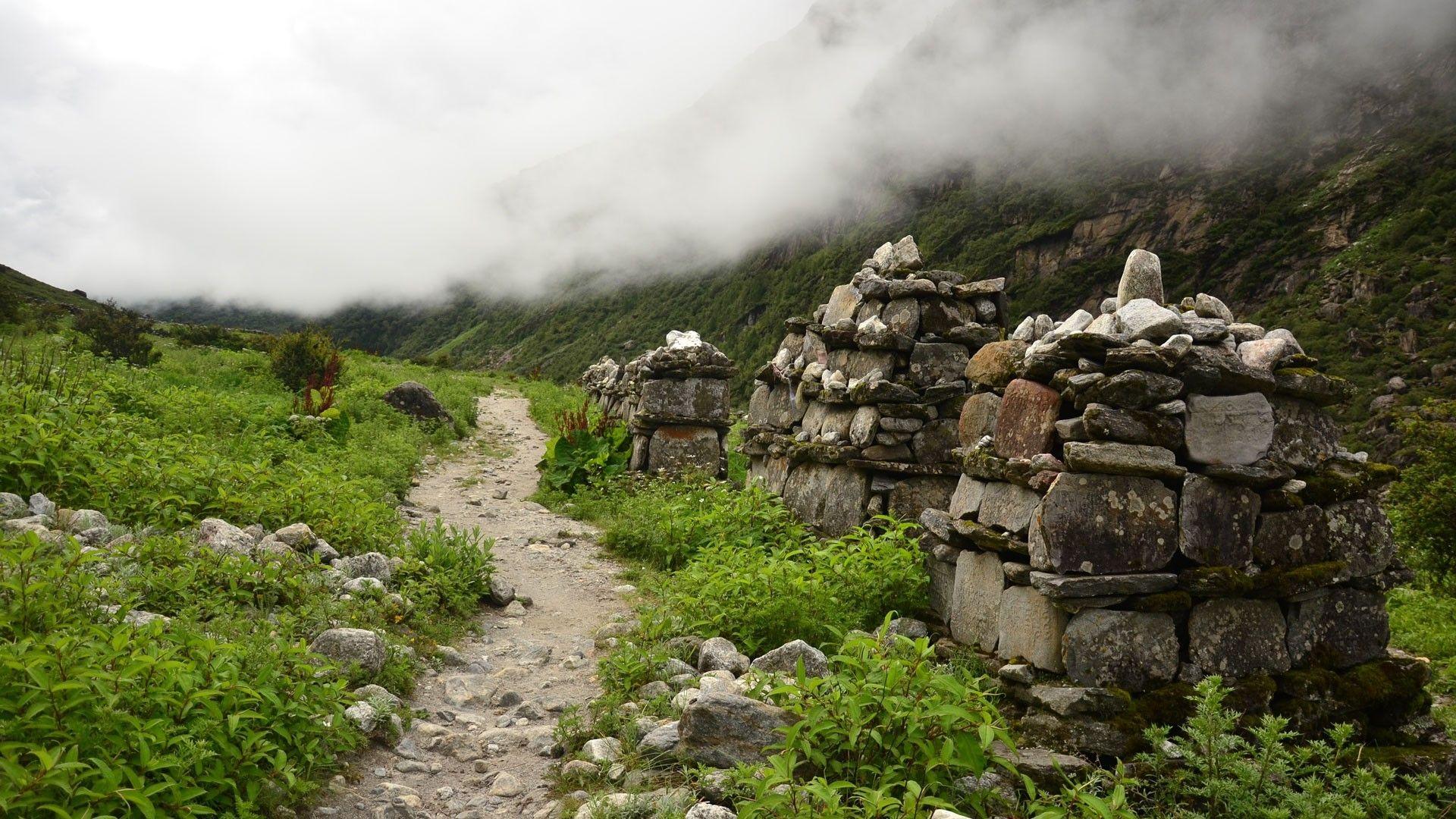 Langtang Gosaikunda Helambu Trek