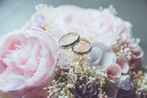 20 common wedding mistakes & how to avoid making them