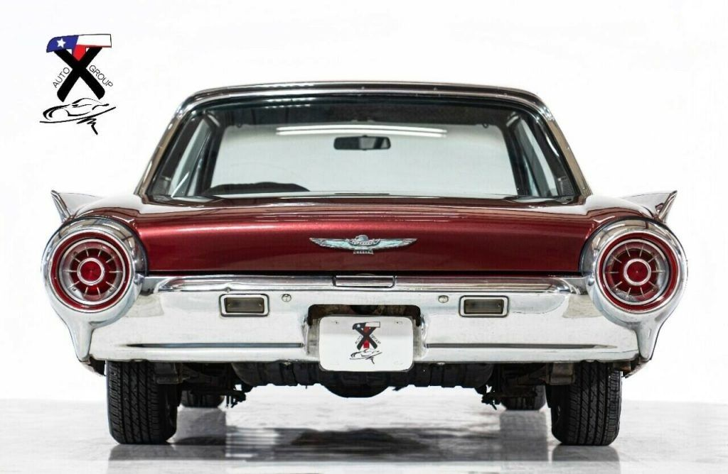 1963 Ford Thunderbird Coupe / Personal Luxury car