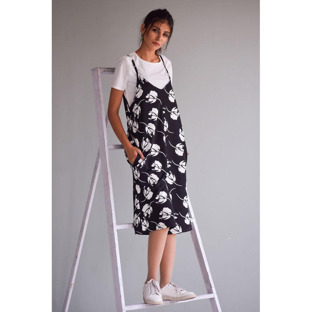 4f33d4b2e522 Floral Pinafore Wide Leg Jumpsuit