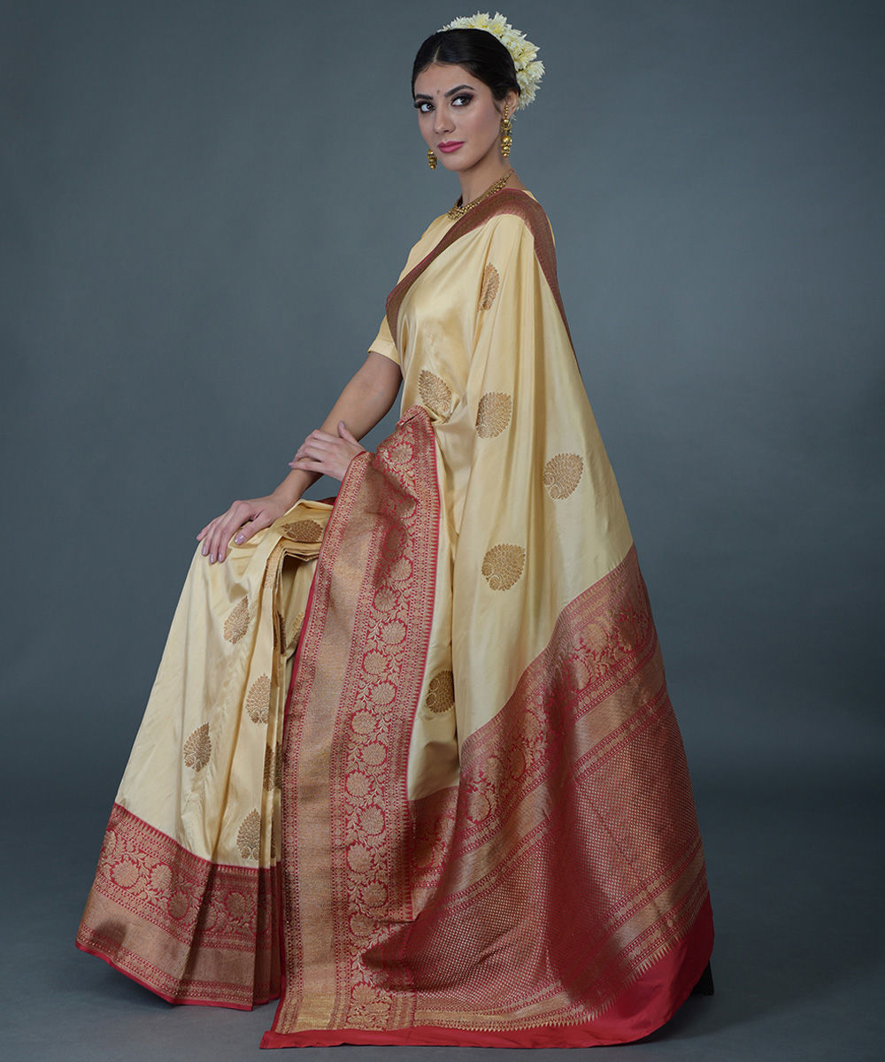 1a54b9eea8e790 Beige Gold- Red Banarasi Zari Handwoven Pure Silk Saree