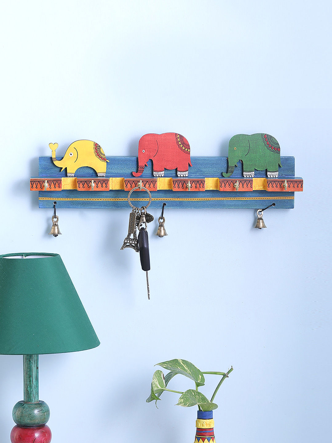 Elephant Family Hand Painted Key Holder With Six Hooks  4efde2566