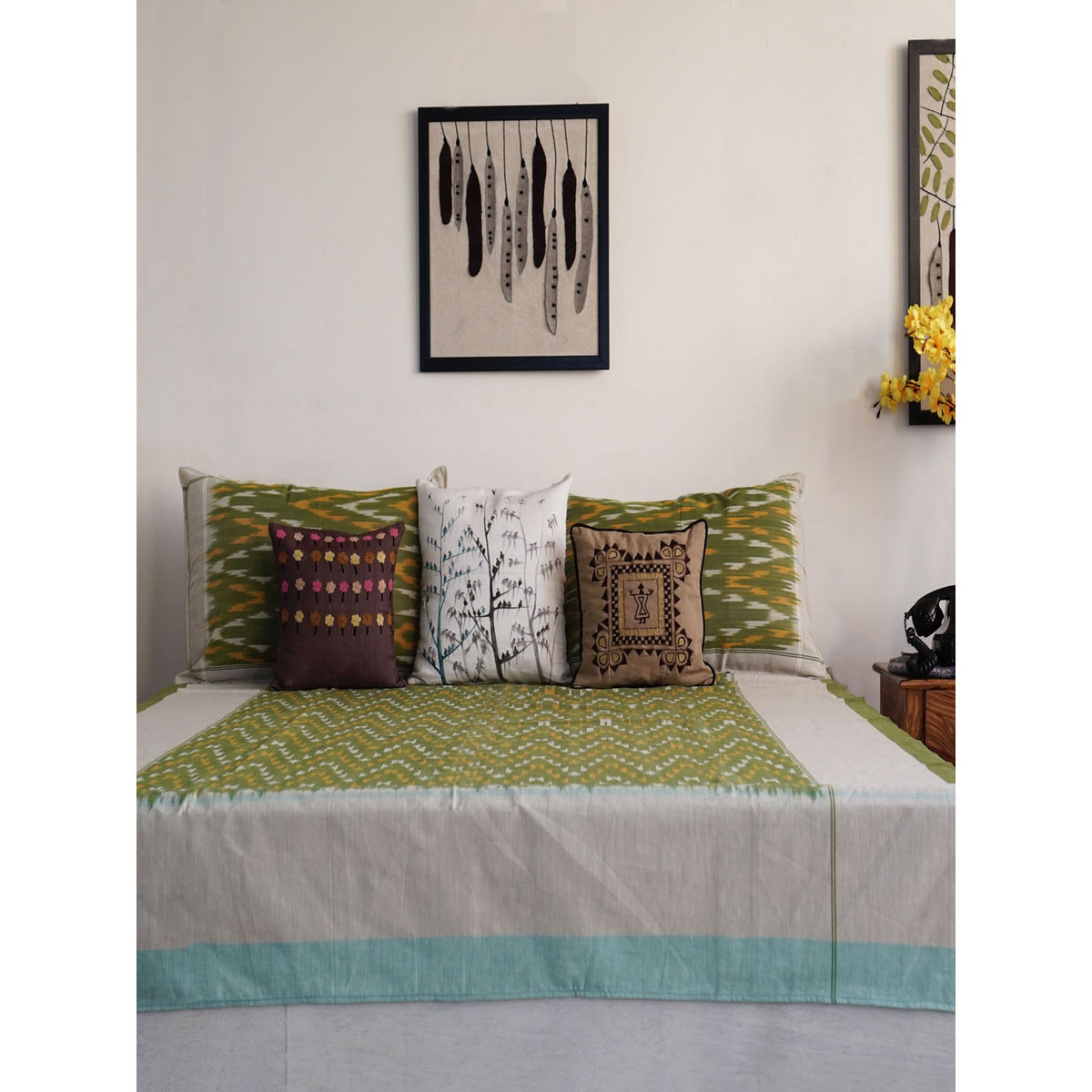Nibir Single Bedsheet with Pillow Cover