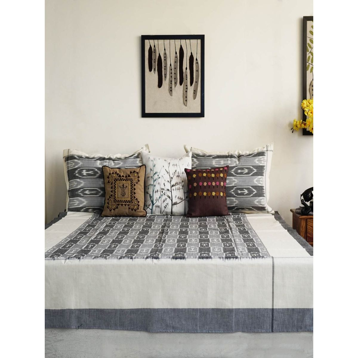 Nalin Single Bedsheet with Pillow Cover
