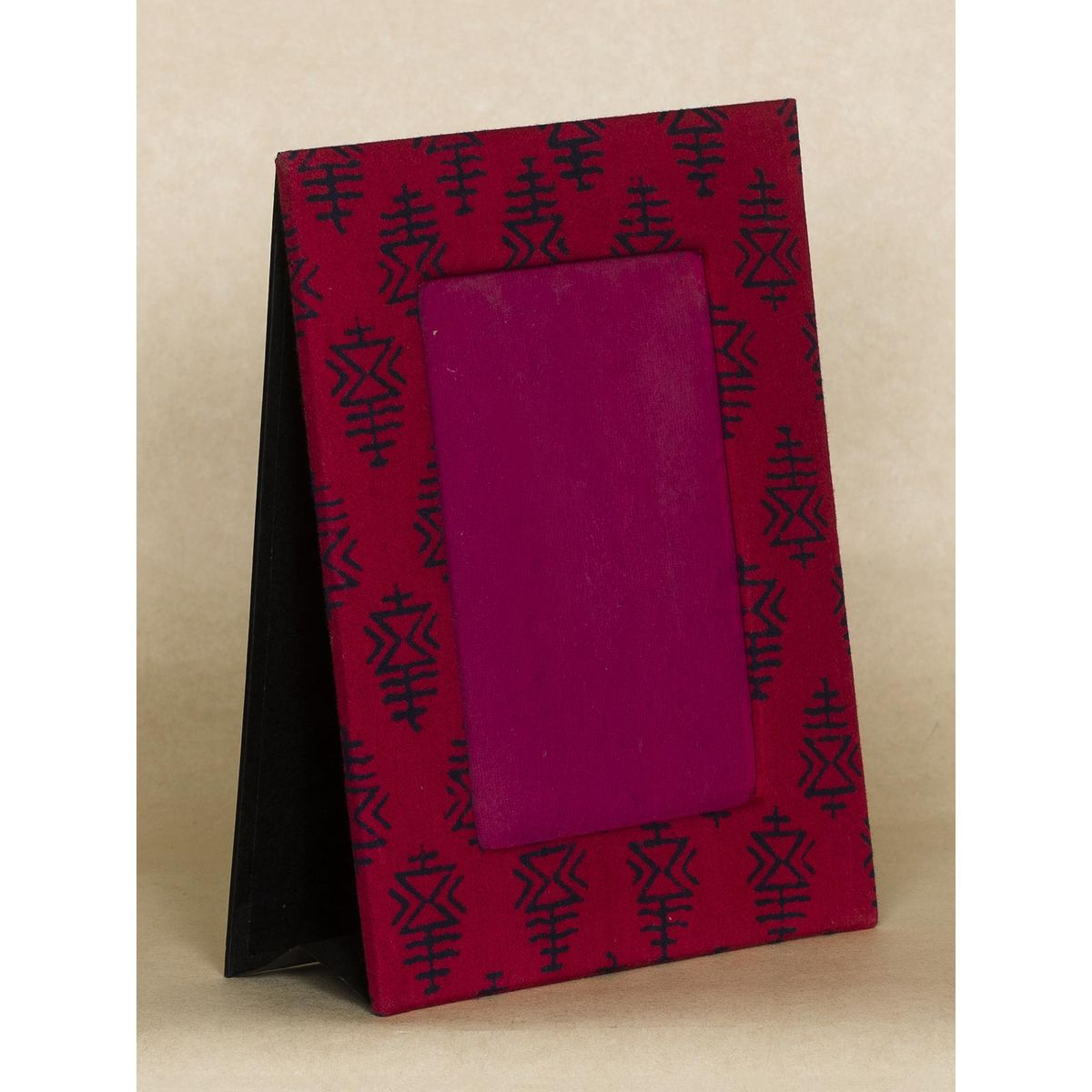 Red and Black  Block Print Fabric Photo Frame