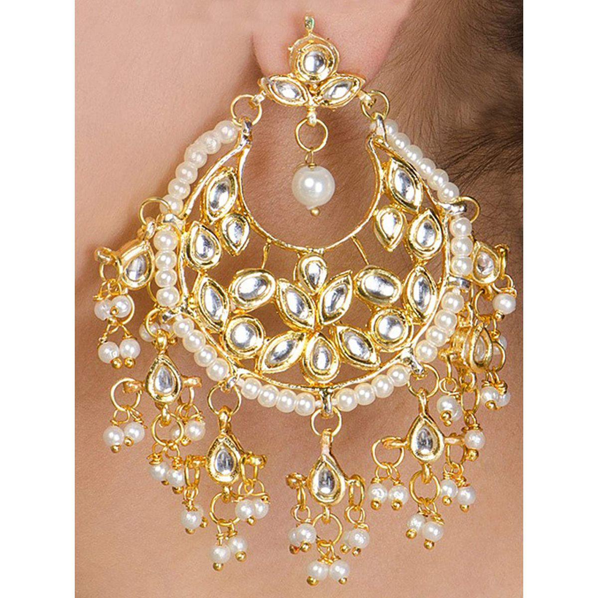 Kundan Jhalar Chandbali earrings