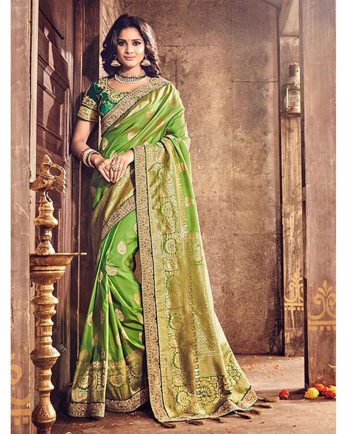 e0800e62f7 Banarasi Silk Wedding Saree With Meenakari Weave In Green Color ...
