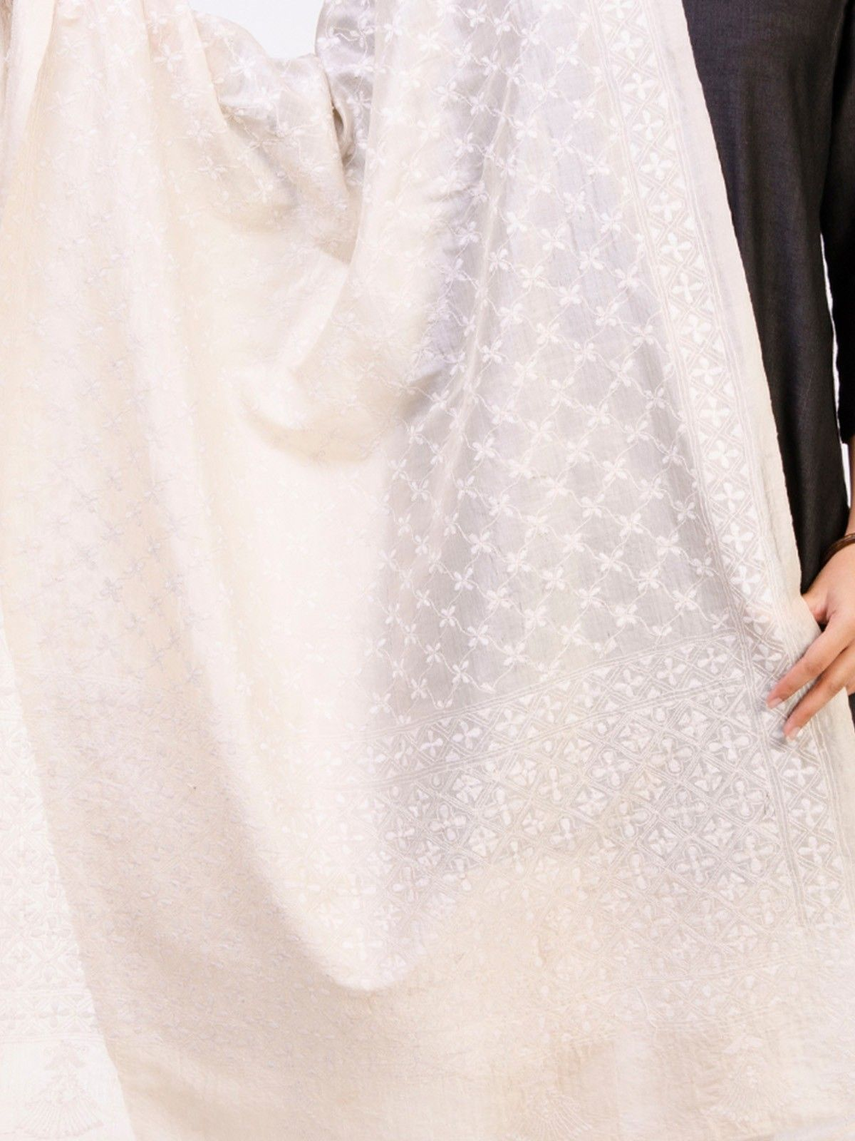 Off White Tusser Silk Dupatta with Kantha Work