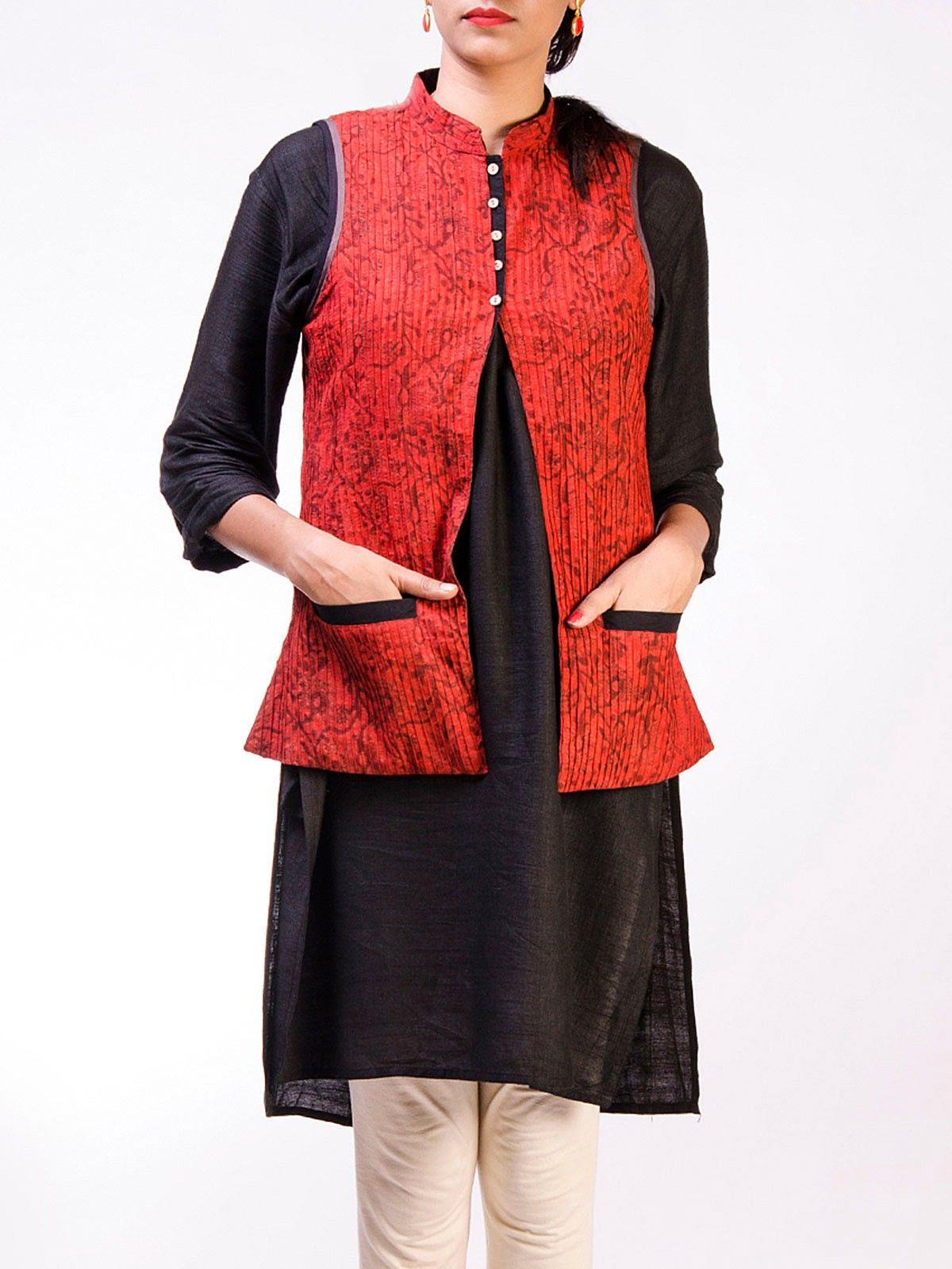 Red cotton sleveeless hand block printed pintuck Jacket
