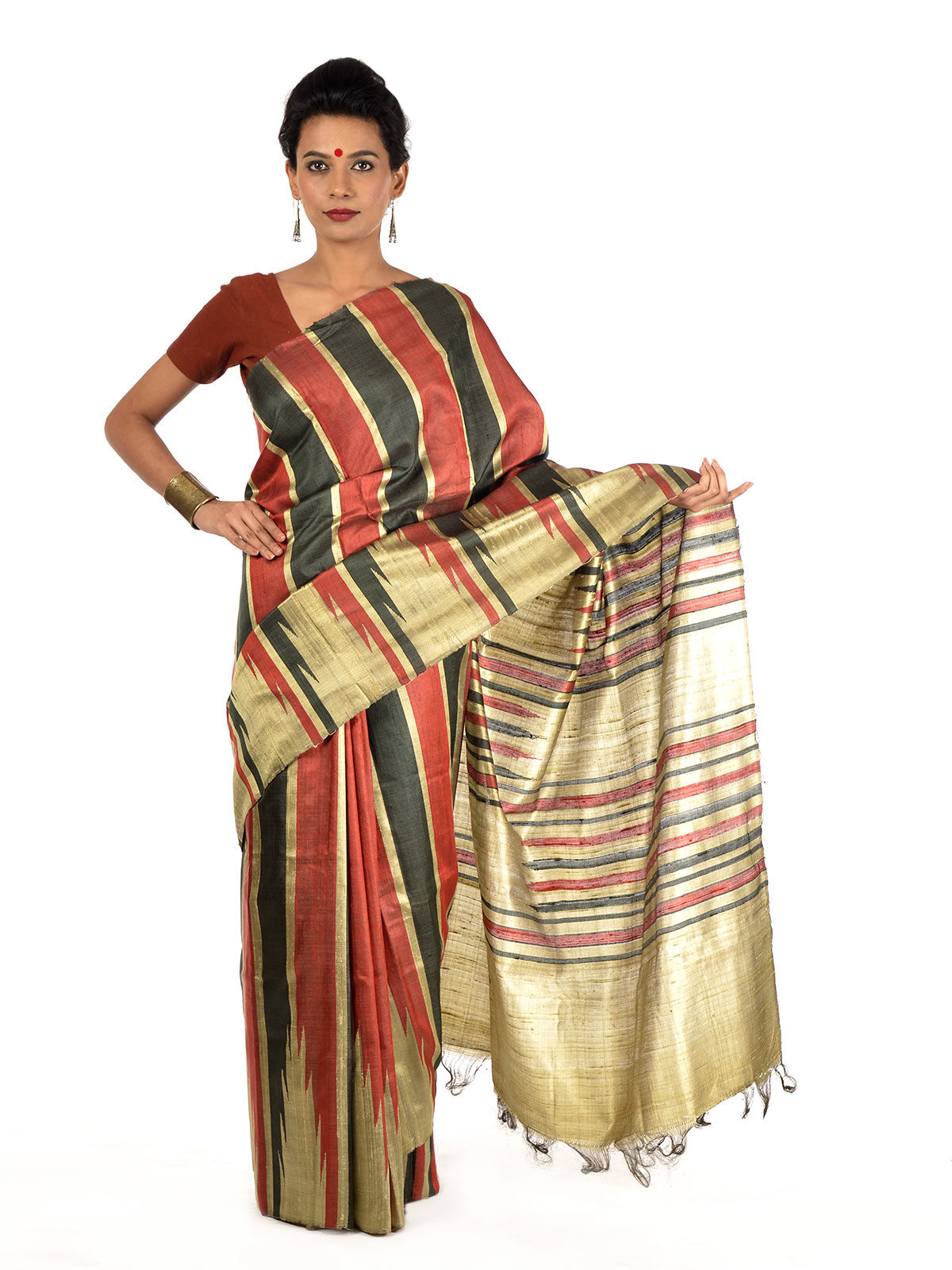 Zona Tussar Silk Saree